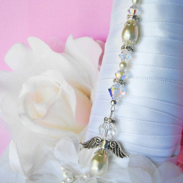 ivory angel bouquet charm