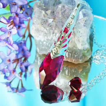 Red Crystal Pendulum, Single Point Crystal Dowsing Pendulum, Swarovski Crystal Divining Pendulum
